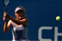 Sharapova swings