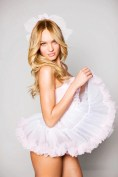candice-swanepoel-VS-sexy-little-fantasies-02