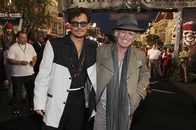 Checa la presentación de Keith Richards y Johnny Depp
