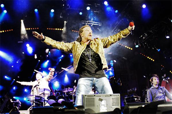 ¡Sopitas.com y Celtics te llevan a ver a Guns N' Roses con todo incluído!