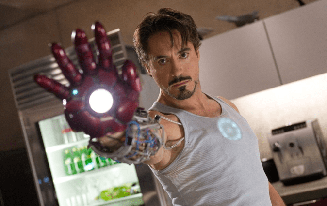 ...Y en la nota idiota del día: ¿Justin Bieber como Iron Man?