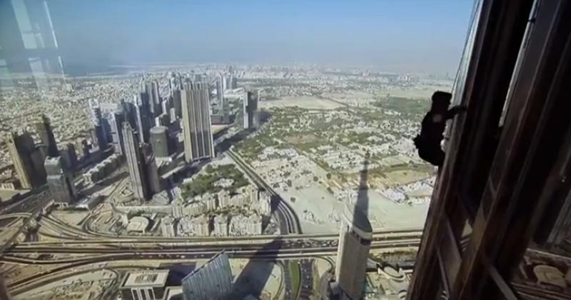 Video: Tom Cruise realiza tomas sin stunts a 830m de altura