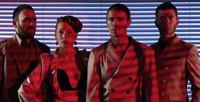 "Scissor Sisters y Azealia Banks presentan ""Shady Love"""
