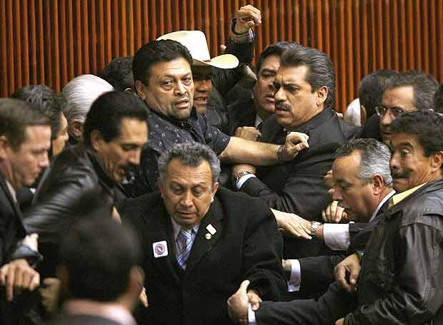 Legisladores: el poder que decidimos ignorar