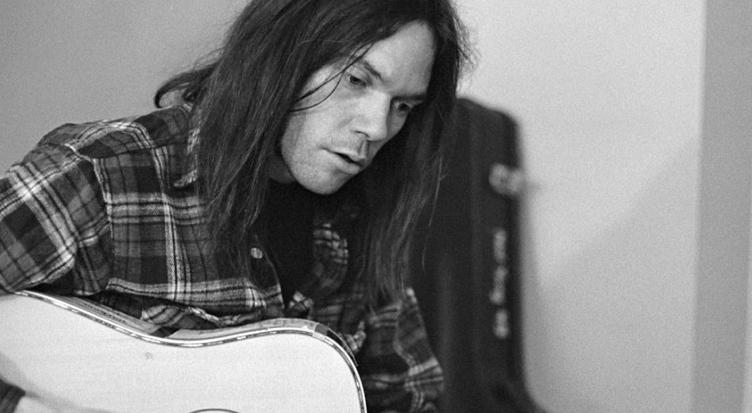 Neil Young prepara nuevo formato de música