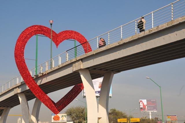 Image result for puente del amor leon