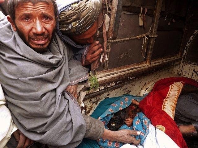 Afganistán pide enjuiciar al soldado que asesinó a 16 civiles