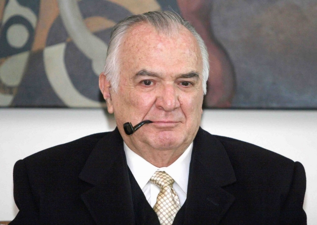 RIP  ex Presidente Miguel de la Madrid