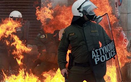 En Grecia se alquilan los policías