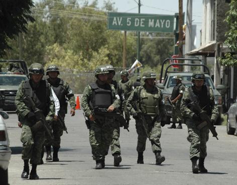 A militarizar más al país: no se descarta al Ejército para