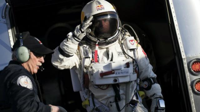 Revive el salto de Felix Baumgartner de la misión Red Bull Stratos