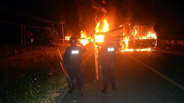 ¿Qué está pasando con los estudiantes normalistas en Michoacán?