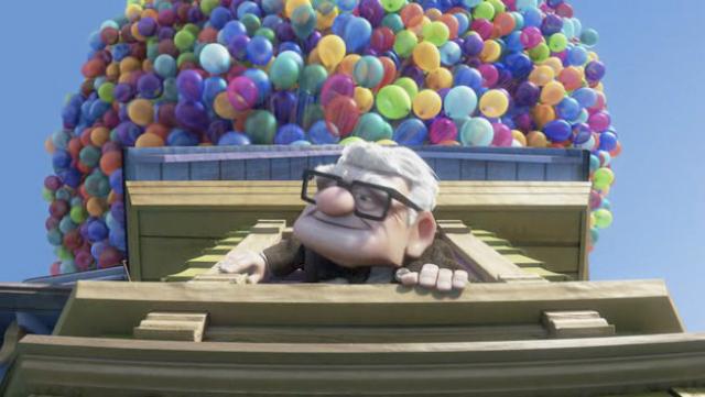 Un hombre pretende cruzar el Atlántico atado a varios globos ¡Como en la película
