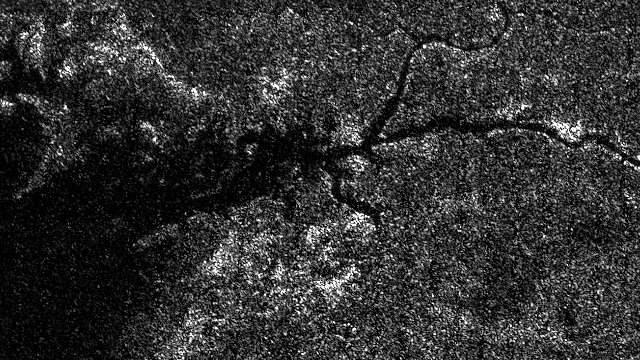 ¿Un río en la luna de Saturno?