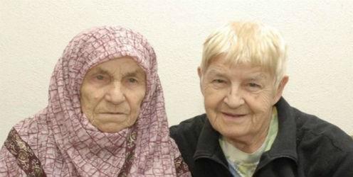 Facebook junta a dos hermanas separadas por la guerra