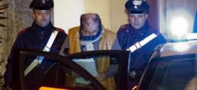 Mafioso italiano detenido por obligar a todo un pueblo a votar por su hija en concurso de canto