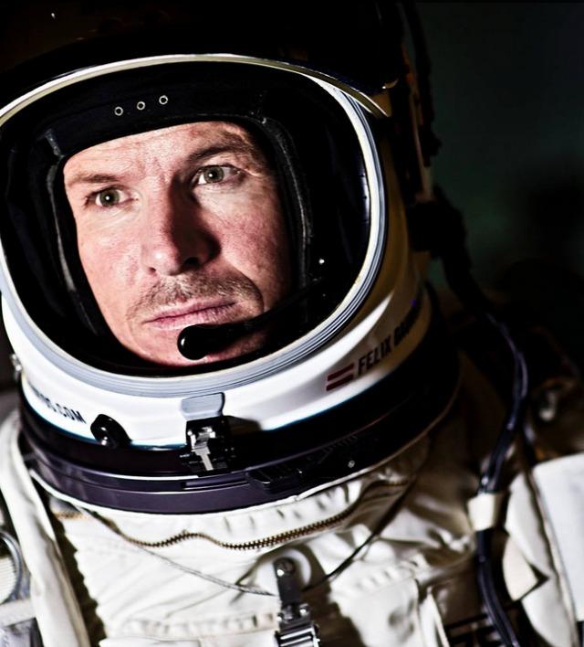 Presentan imágenes inéditas del salto de Felix Baumgartner desde la estratosfera