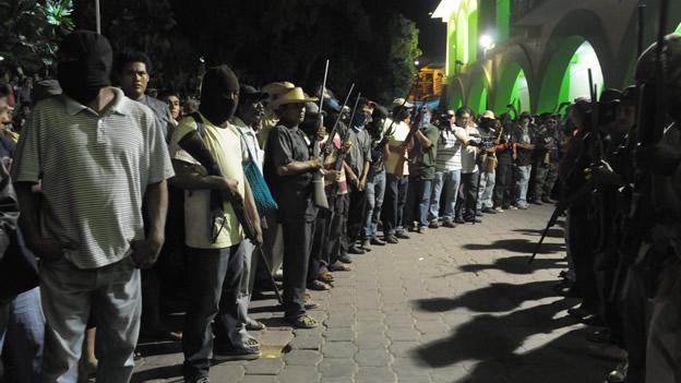 Movimiento de Autodefensa de Ayutla, Guerrero, libera a 43 detenidos