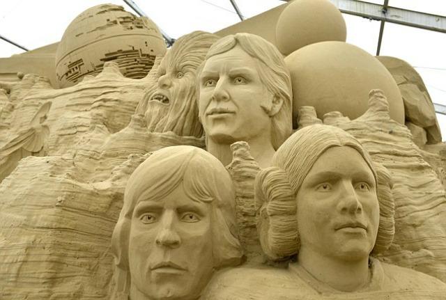 Checa las esculturas de arena de