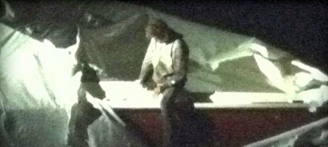Video: Así detectaron a Dzhokhar Tsarnaev escondido dentro de un bote