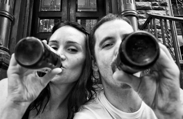 Fotógrafo retrató como avanzó el cáncer de su novia, hasta la muerte