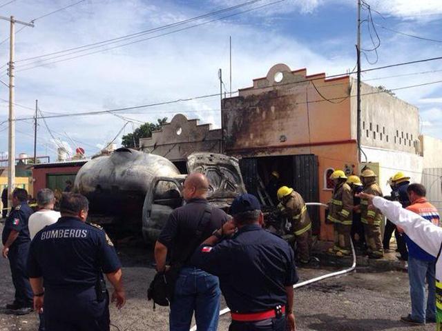 Explosión de pipa de gas en Yucatán, hay siete lesionados