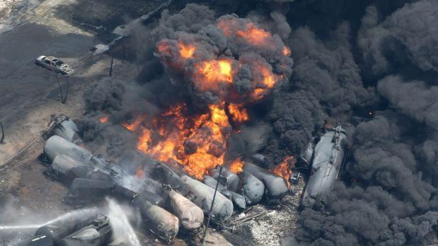 Desastre en Canadá por la explosión de un tren con petróleo