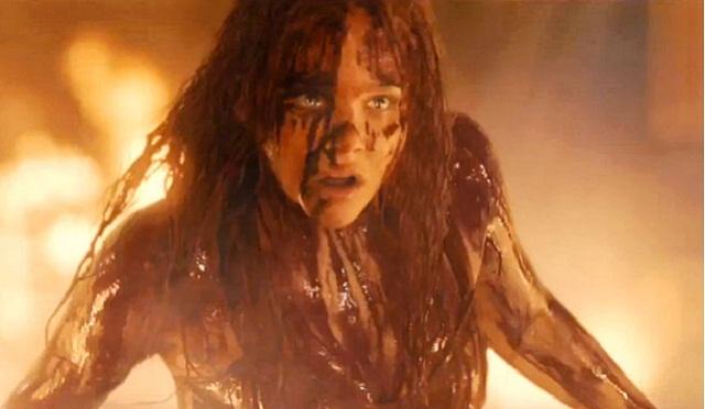 Poderes sobrenaturales y venganza en el nuevo trailer de Carrie