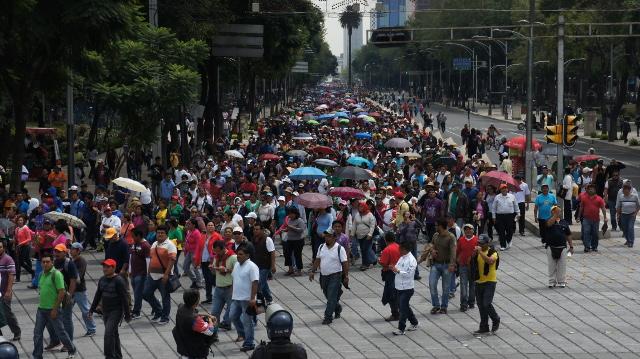 La CNDH condena la actitud del GDF frente a la CNTE