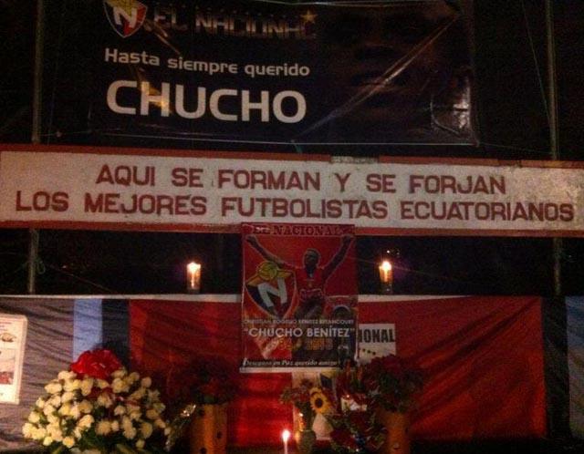 Galería: Así recibieron el cuerpo de Chucho Benítez en Ecuador