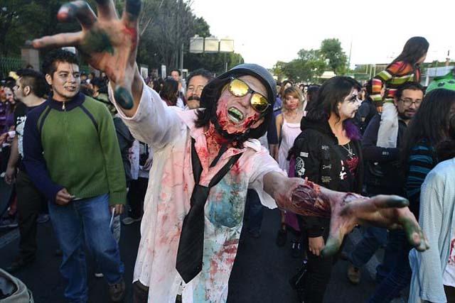 Relato en la radio sobre invasión zombi causa pánico en la audiencia