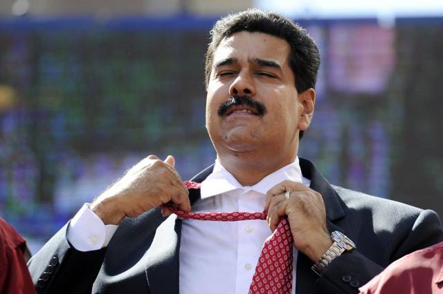 Maduro manda saludos a escritor muerto hace 20 años
