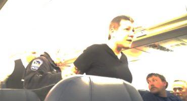 Bajan de vuelo a mujer por reclamar que pasajero no quiso tener sexo con ella