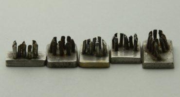 """Encontraron agujas que usaban nazis para """"tatuar"""" a presos en Auschwitz"""