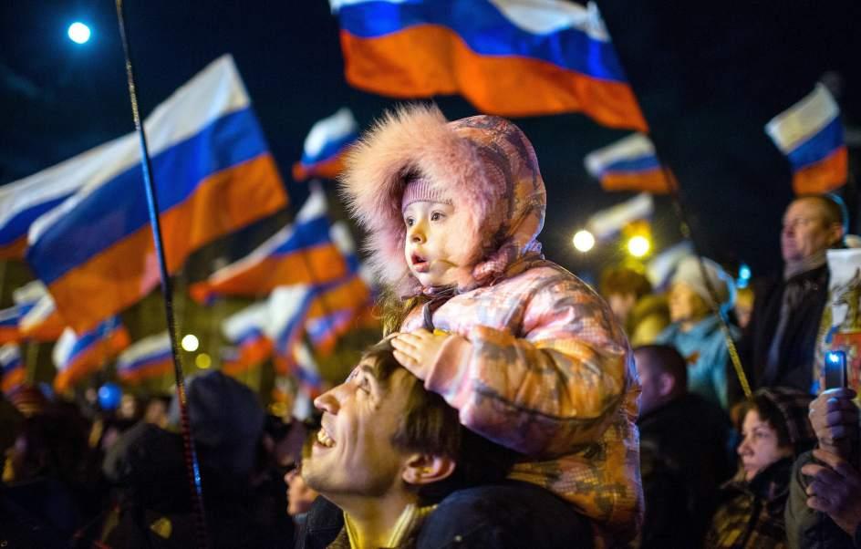 Por referéndum Crimea decide unirse a Rusia; EEUU no reconoce resultado, alista sanciones