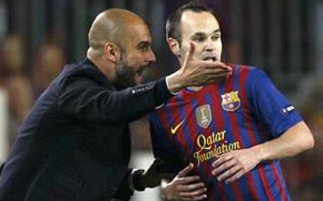 Iniesta le respondió a Guardiola, los uniformes de Inglaterra, Real Madrid y más