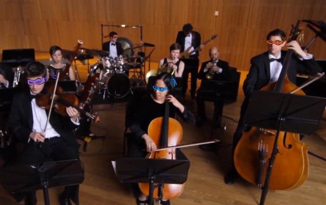 Orquesta toca 43 temas de caricaturas en cinco minutos