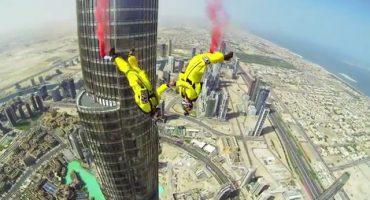 Video: Esto se siente cuando saltas desde el edificio más alto del mundo