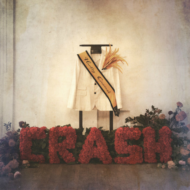 Escucha COMPLETO el álbum debut de Crash, Hardly Criminal