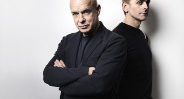 Escucha nuevas canciones de Eno · Hyde, La Roux y Woods