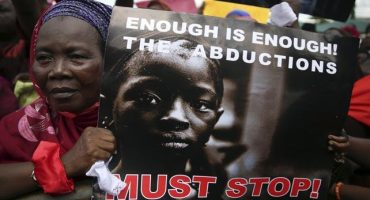 En Nigeria, 223 estudiantes secuestradas podrían ser vendidas por grupo islamista