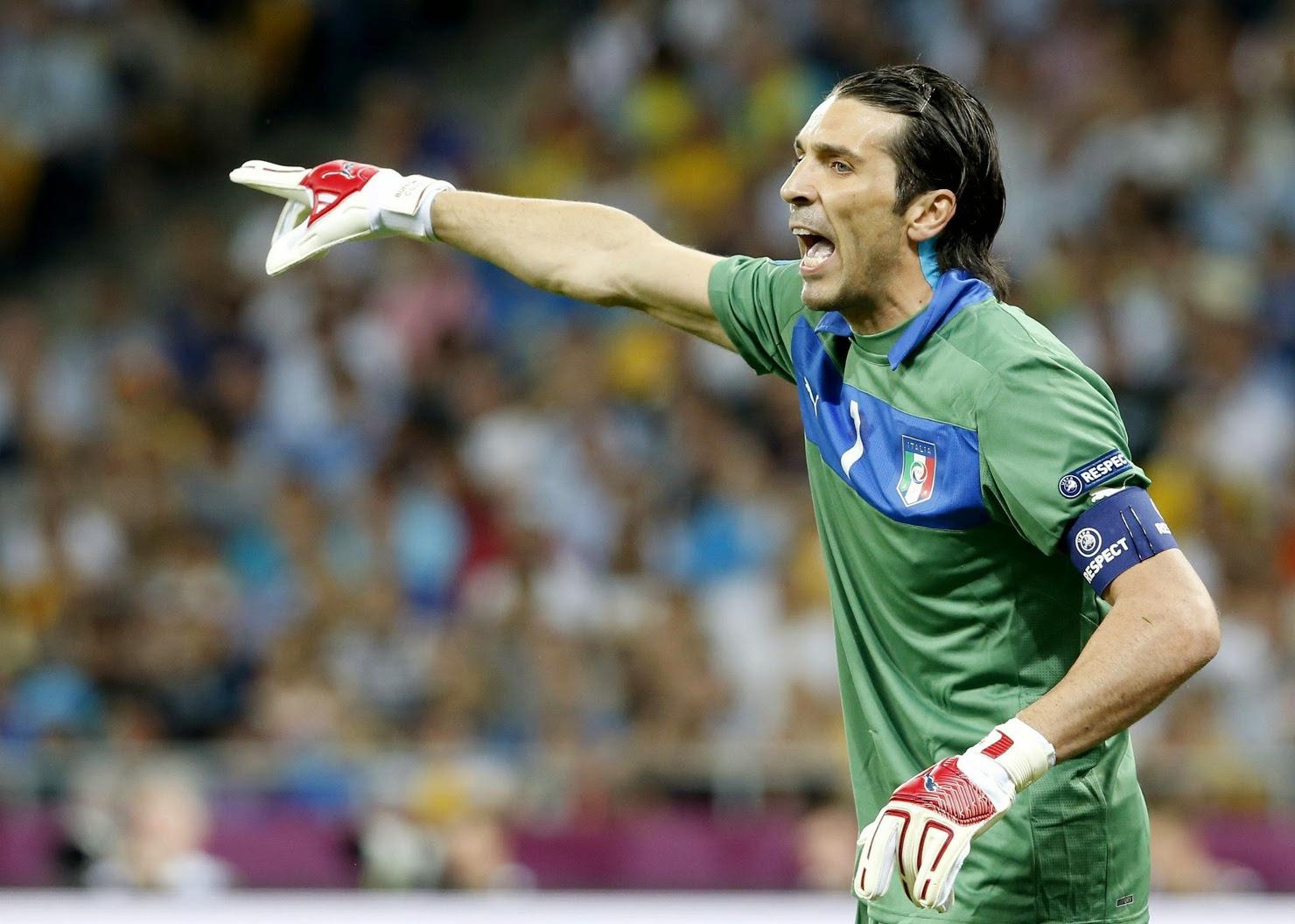 Buffon no estará frente a Inglaterra, Ferdinand alabó a Héctor Herrera y más...
