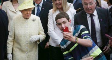 Pa'l feis... la selfie con la reina