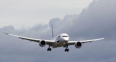 Se estrella avión en Taiwán durante aterrizaje de emergencia