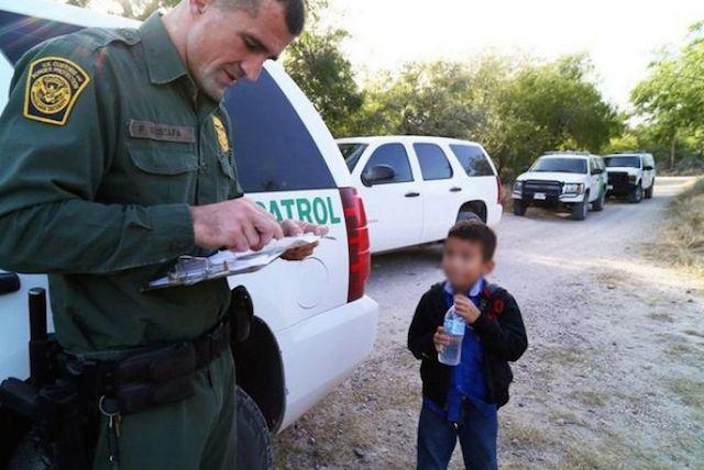 Niños migrantes demandan a Estados Unidos