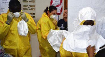 Tras ataque a clínica en Liberia, huyen 17 pacientes con ébola