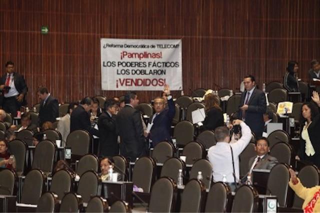 Diputados aprueban #LeyTelecom después de 20 horas, sin un solo cambio