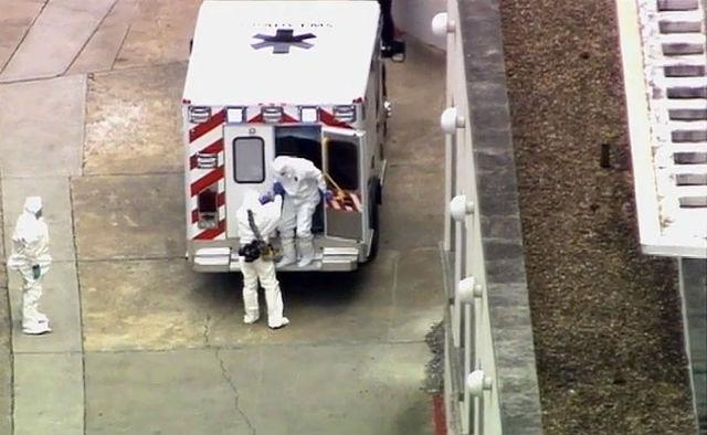 Trasladaron a Estados Unidos al primer paciente con ébola