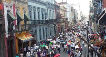 Marcha #PuebladeLuto exige la renuncia del gobernador Rafael Moreno Valle