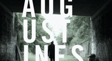 Augustines recorre y paraliza París en su video para